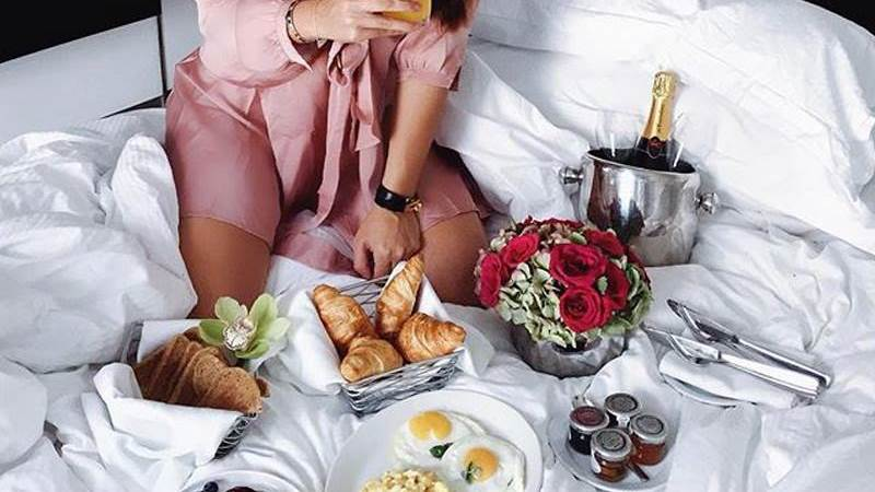 Bed, Egg and Breakfast  Milena Karl